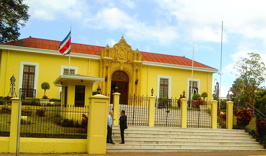 Se abre nueva convocatoria para traductores e int rpretes for Oposiciones ministerio de exteriores